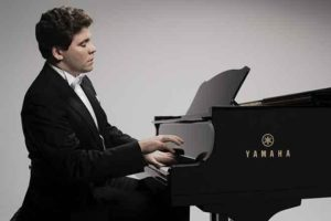Денис Мацуев за роялем