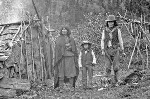 Семья индейцев Ахтна. 1898 год