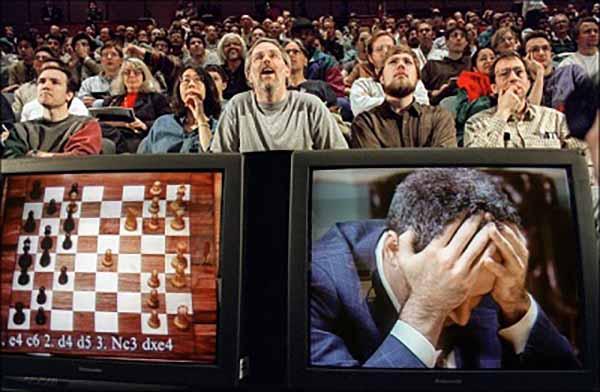 Компьютер - чемпион мира по шахматам