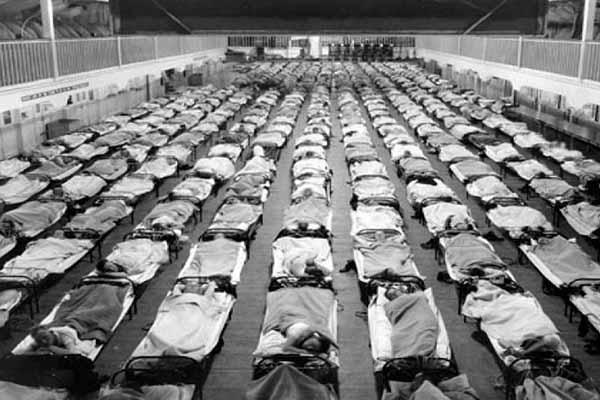 Госпиталь в эпидемию испанки 1918 года, США.